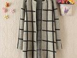2014早秋新款韩版格子外套 女长款休闲毛衣 潮条纹针织风衣女开