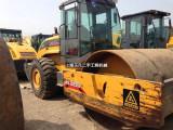 铜川二手压路机市场22吨收购,二手振动压路机26吨里卖