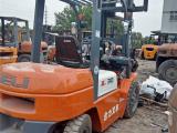 深圳二手内燃叉车出售,3吨内燃式叉车,柴油叉车