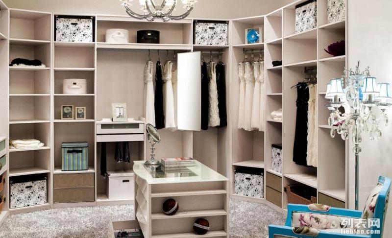 我想要一个更衣室衣柜装修衣柜设计找专家长沙泥巴公社装饰