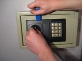 全扬州24小时开锁修锁公司.汽车锁.密码锁.B级锁丨对锁损