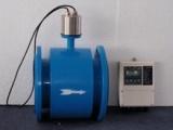 管径酸 碱 盐溶液体积流量测量四氟衬里分体型电磁流量计