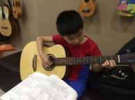 罗湖吉他培训,吉他尺寸对儿童的影响