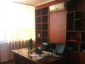 柳北潭中中路华泰大厦178平米带部分办公家具