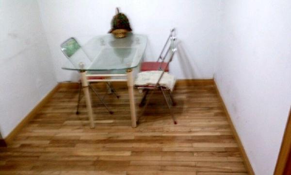 城西区纸坊街 1室2厅 70平米 简单装修 年付