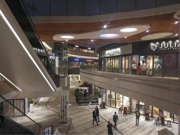 跟海岸城规模一样的购物中心街铺带5厘租约70年产权