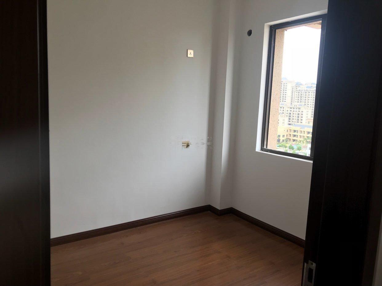 福达嘉园 4室1厅2卫福达嘉园