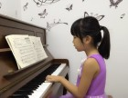 罗湖哪里可以学钢琴 不一样的钢琴教学方式快速学钢琴弹奏