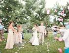 青岛云衣橱婚纱礼服,时尚服装租赁,化妆跟妆服务