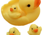 超大母子戏水鸭子1家4口 1大3小4只鸭子 宝宝洗澡网鸭子益智玩