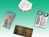 提供精密激光打标/焊接/切割加工,并提供激光设备维修升级服务