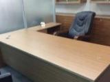 处理一批二手办公家具 屏风桌 椅子 经理桌 会议桌沙发