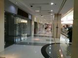 商场新空出铺位招租600平可分隔,适合教育培训,中介勿扰