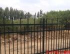 定制各种铁艺门凯旋门推拉门铁艺围墙铸铁护栏锌钢护栏