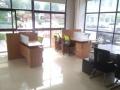 园区办公室直招!98平精装双面采光全套家具拎包入住