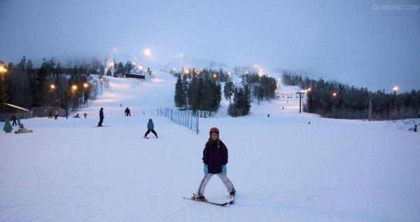元旦大放送,平山滑雪一日游,买一赠一,双人套票