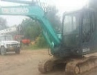神钢 SK60-C 挖掘机         (干绿化的挖掘机)
