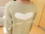 濮院秋冬新款女式圆领毛衣 韩版长款针织衫 爱心马海毛羊毛衫