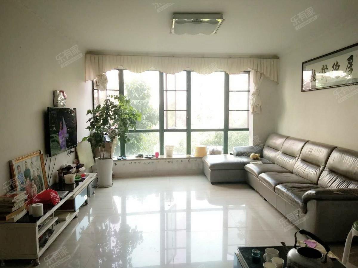 宝珠花园 家私家电齐 干净舒适漂亮 屋子通风采光好