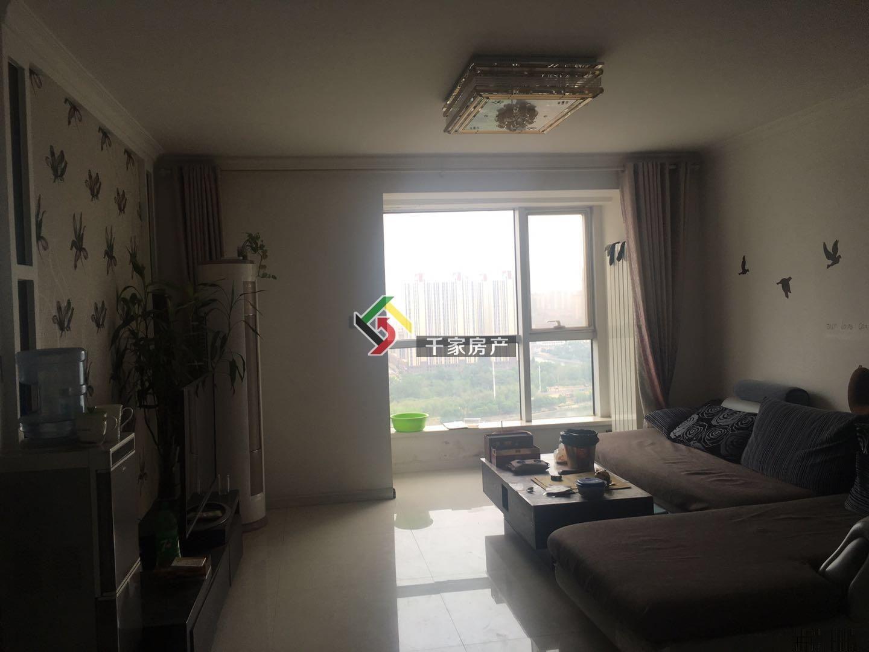 水岸丽景 2300元 2室1厅1卫 精装修,楼层佳,看房水岸丽景