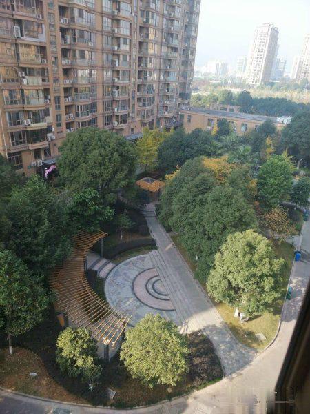 业主全权委托出售 江锦家园 160平,送大阳台