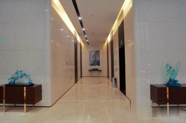 前海恒荣立方中心整层18本证,可做公寓5.1米层高