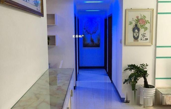 金沙花园 2800元 3室2厅2卫 豪华装修,环境幽静,