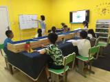 学生在沙盘故事中呈现立体作文情景在线石家庄招商加盟
