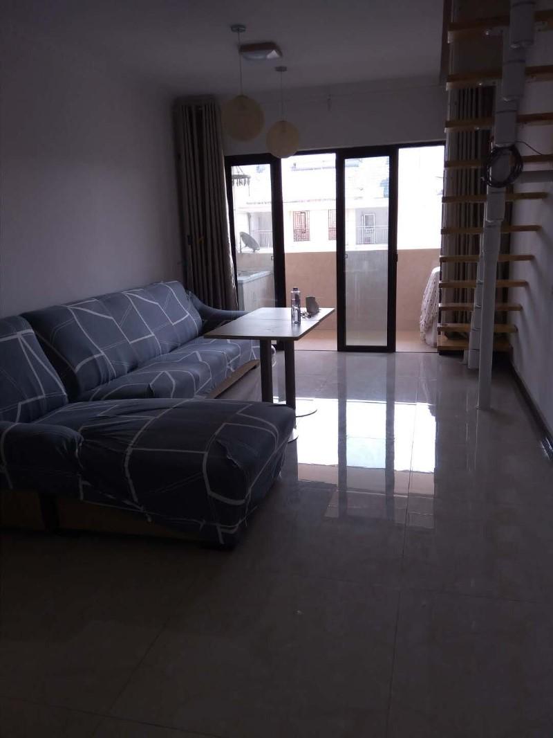 千灯 御翠湾 2室 2厅 126平米 整租2000元/月御翠湾