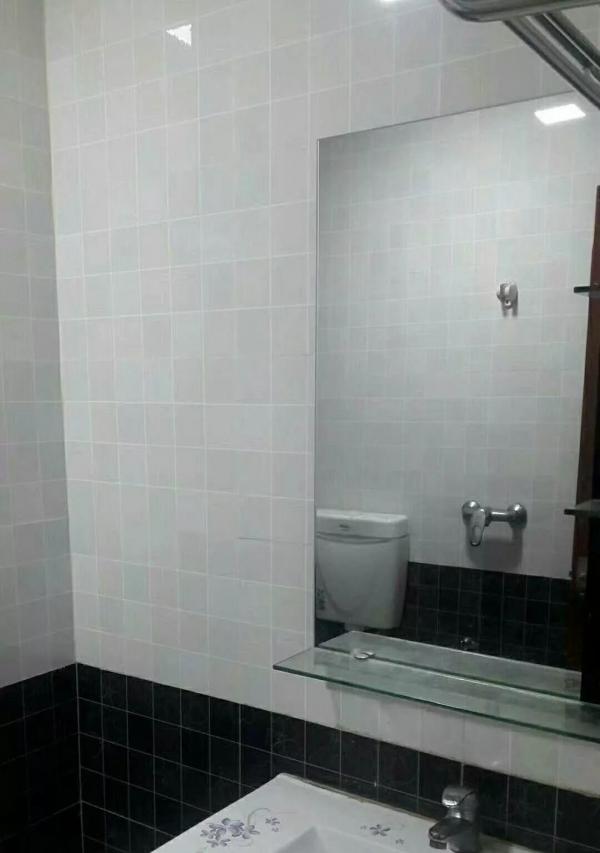 官山御景精装3房新净家私家电齐出租2500
