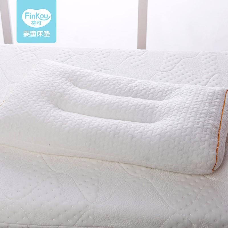 无甲醛,环保高度可调节,全身可水洗的芬可成长枕头招商