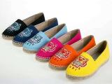 厂家直销女鞋小辣椒同款渔夫鞋虎头平跟休闲帆布鞋欧洲站微信代发