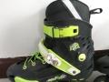 9成新花样轮滑鞋,平地花式轮滑鞋