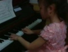 """学钢琴那里去""""乐学钢琴""""是您明智的选择"""