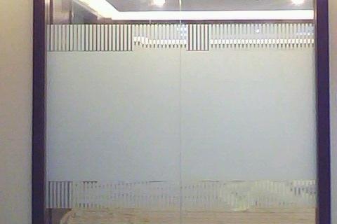 北京玻璃贴膜logo条亚克力制作