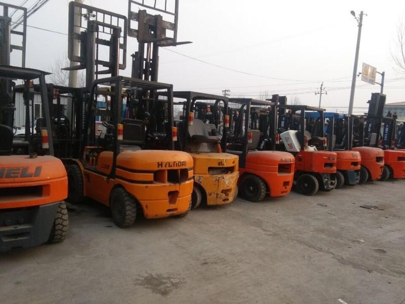 北塘地区高价回收二手叉车出售二手叉车13820491859