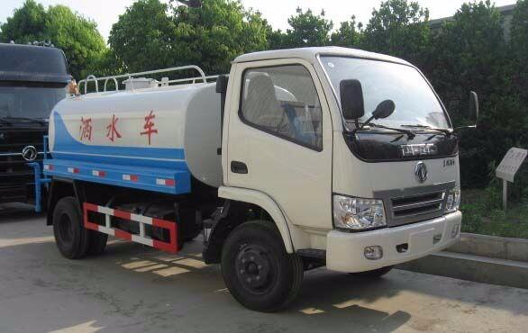 东风145二手多功能洒水车仅需3.8万元
