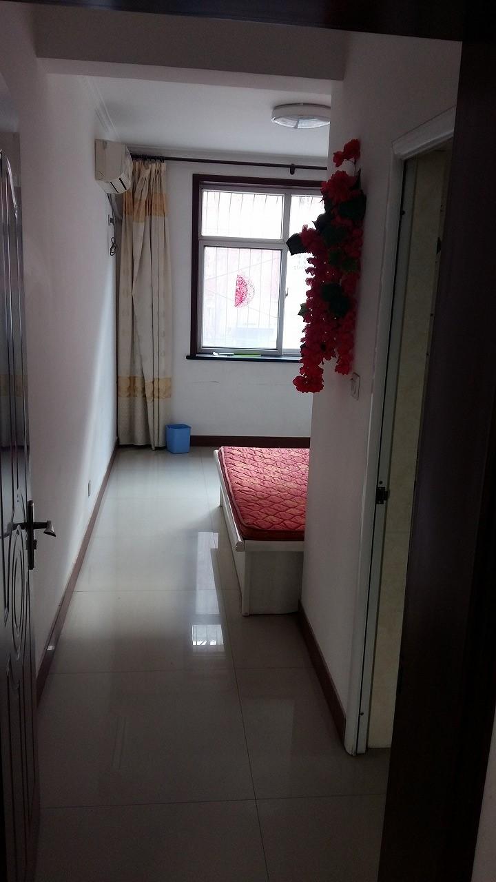 世纪名都 3室 2厅 130平米 整租