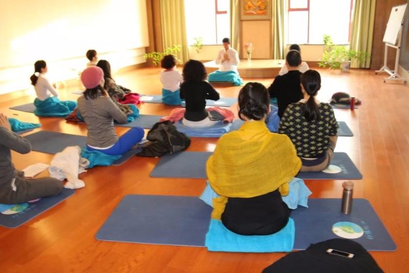 疾病的真相,养生的根本,求医不如求己,若言瑜伽告诉你怎么求