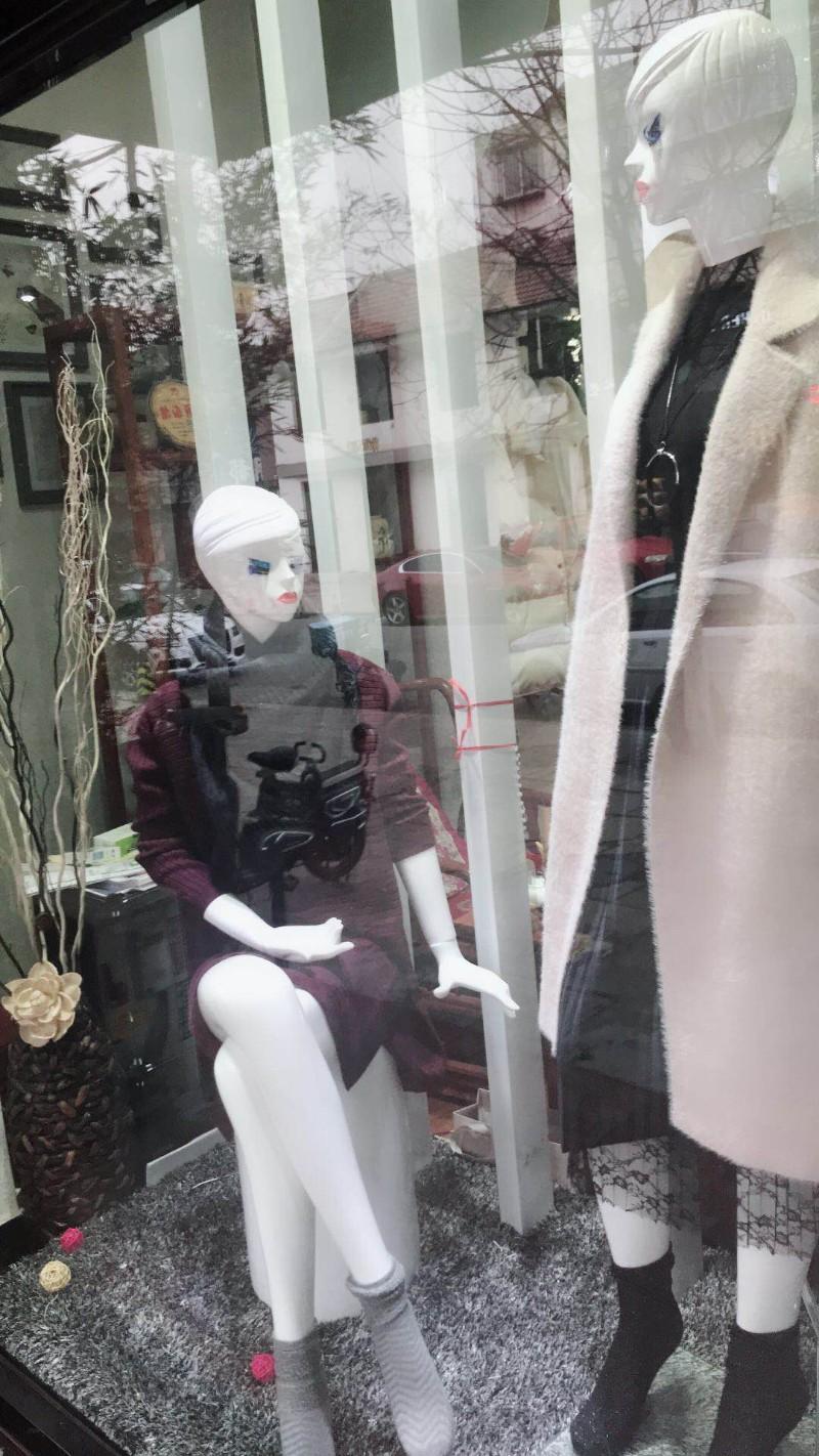 (同城)市府前街营业中女装店转租
