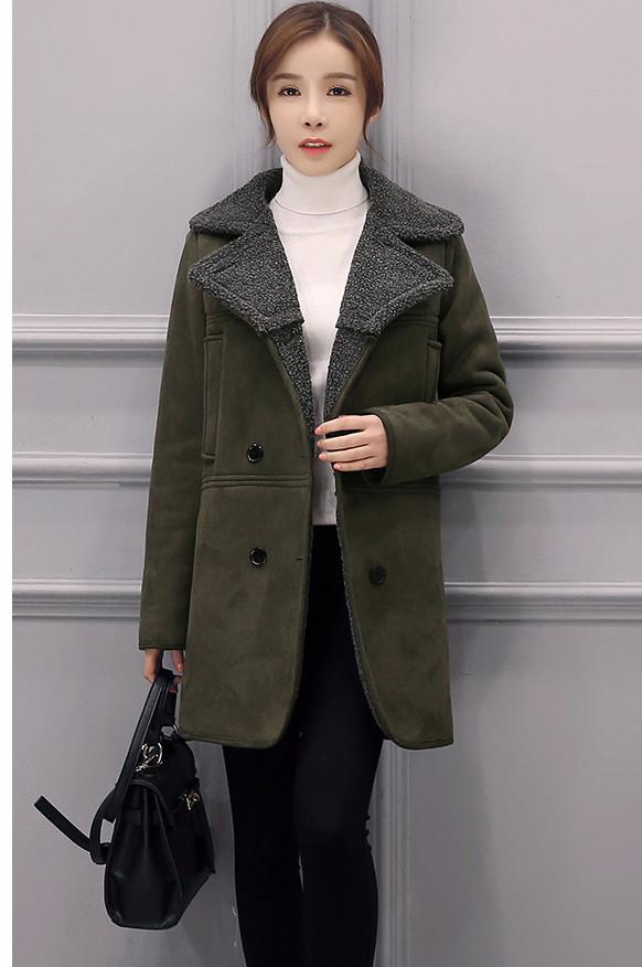 山西摆地摊冬季服装批发厂家最低价女装加厚呢子大衣棉服批发货源