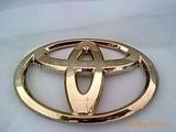 提供汽车车标UV真空电镀金色银色 真空镀膜处理 专业环保电镀加工