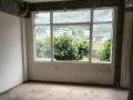 出租仓库两层,光线充足,租金便宜