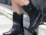 2014秋冬新款真皮铆钉中筒靴 英伦平底粗跟马丁靴 学生女靴 代