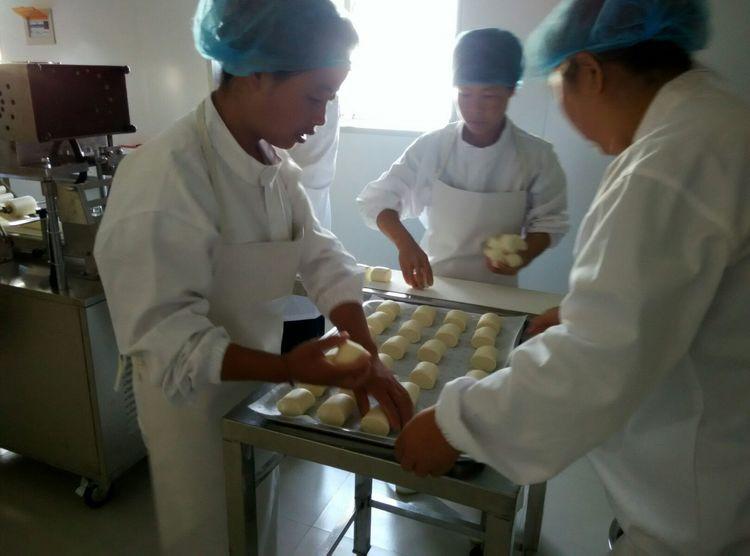秦福圆食品厂包子馒头花卷批发,陕西地区专业食品加工