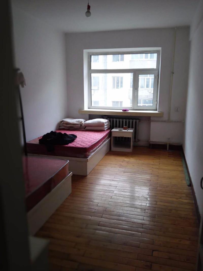 中央大街繁华地段三房一厅尚志胡同