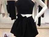 YIGELILA衣阁里拉 高端品牌 黑色 挂脖背心+荷叶边裙裤套