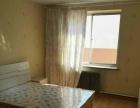凌波山庄6楼帶阁楼包暧220平二室一厅精装年付14500。