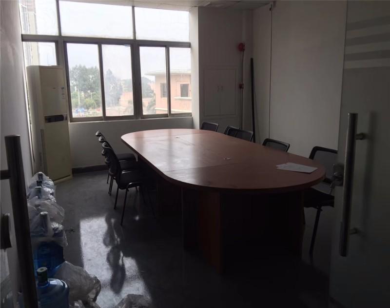 沙井新桥大宏科技园850平米带装修厂房出租