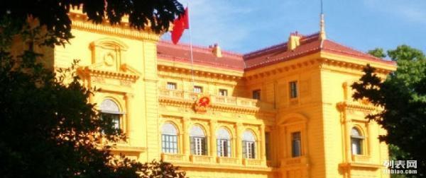 请一个越南导游,越南翻译要多少钱 怎么收费